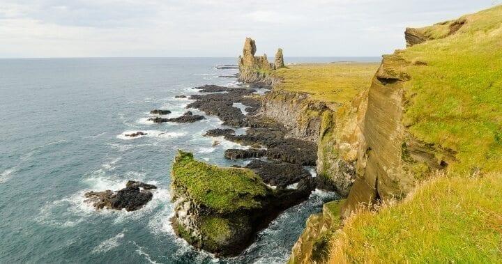 MIETWAGENRUNDREISEN AUF ISLAND